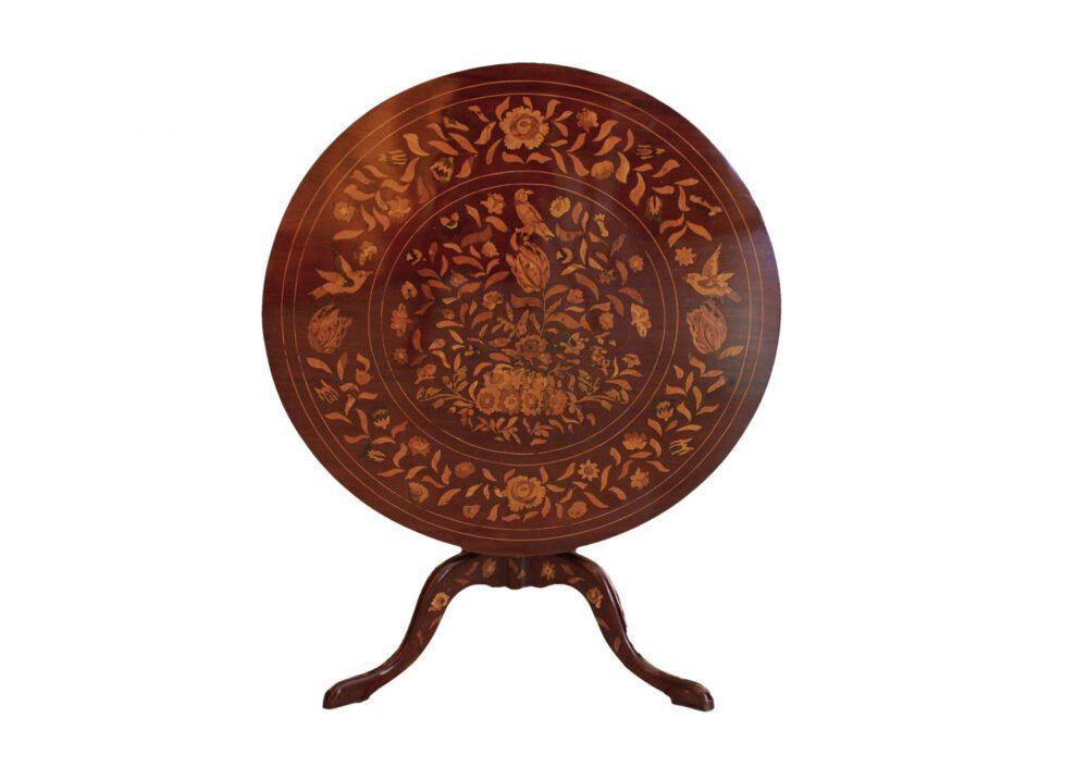 Kleiner Tisch, Italien um 1830-40